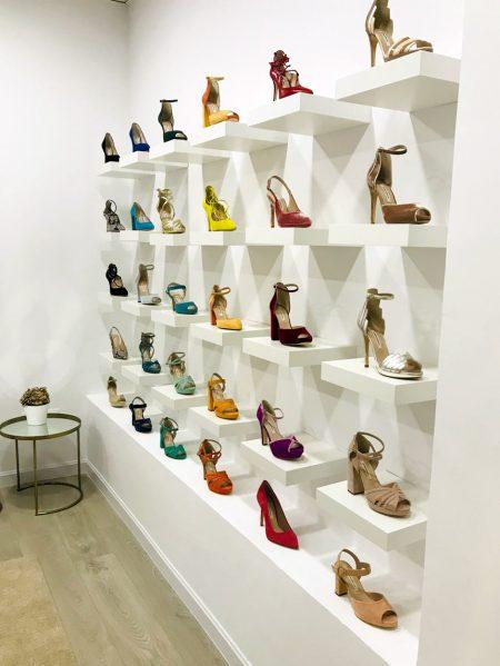 zapatos-javier-gonzalo-interior-showroom-vertical